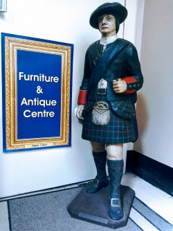 Cruise forth what is there to see antiques at for Furniture queensferry